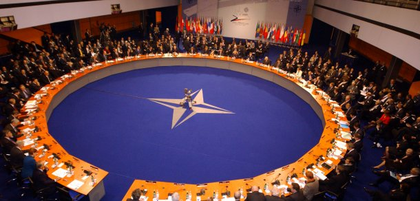 b021122w 22th November 2002 NATO Summit Meeting in Prague, Czech Republic North Atlantic Council Meeting at the level of Heads of State and Government. Euro-Atlantic Partnership Council Summit Meeting. - General View (Foto: Press Alert)